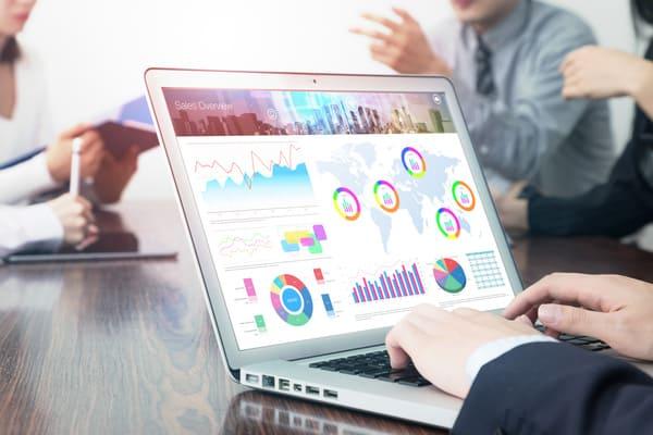 営業を効率化するために必要なこと。ツール利用が便利!